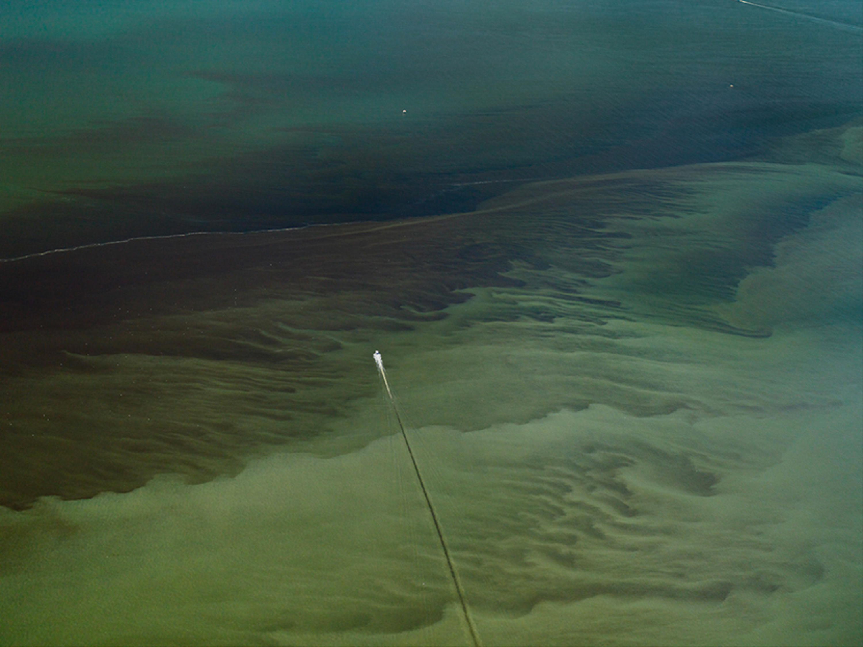 Edward Burtynsky Oil Spill Edward Burtynsky Oil Spill 16